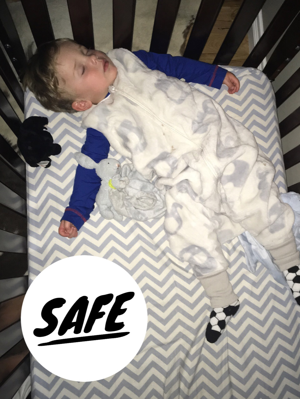 on sale abee7 0d23a What is a sleep sack? Everything you need to know for safe ...